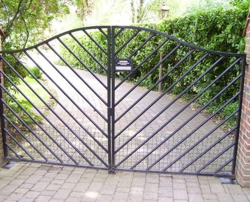 Residential Metal Ornamental Diagonal Automatic Gate