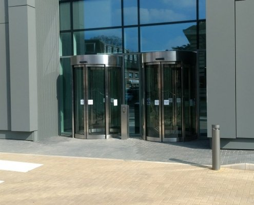 EA Curved Sliding Doors in Slough