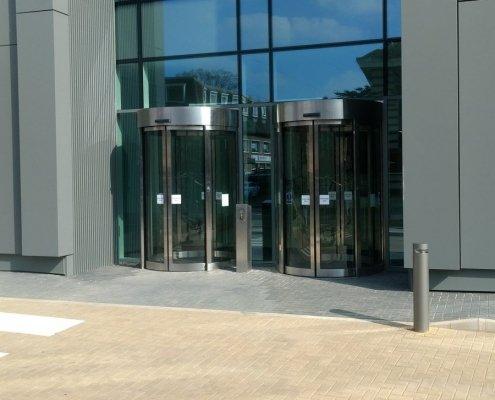 EA Curved Sliding Doors in Slough