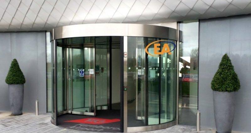 EA High Capacity Revolving Door installed at TAG Farnborough Airport