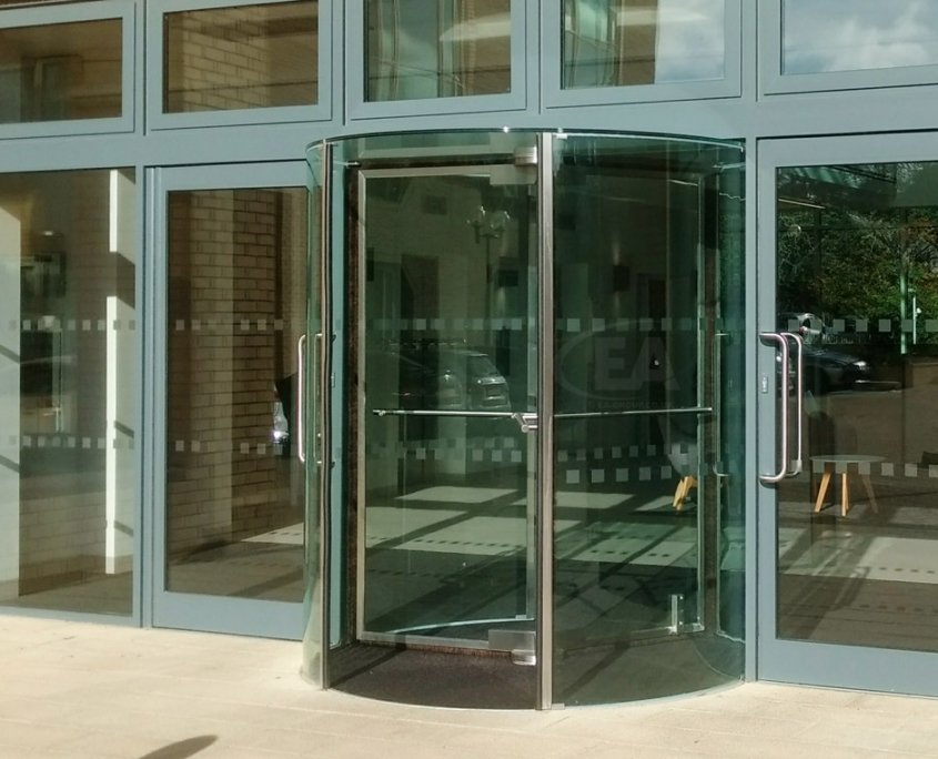 EA Push and Go Semi-Automatic Revolving Door image taken from the outside
