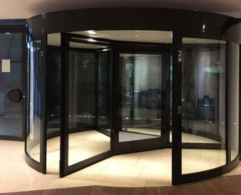 EA High Capacity Revolving Door, 3 Wing model - Hotel installation